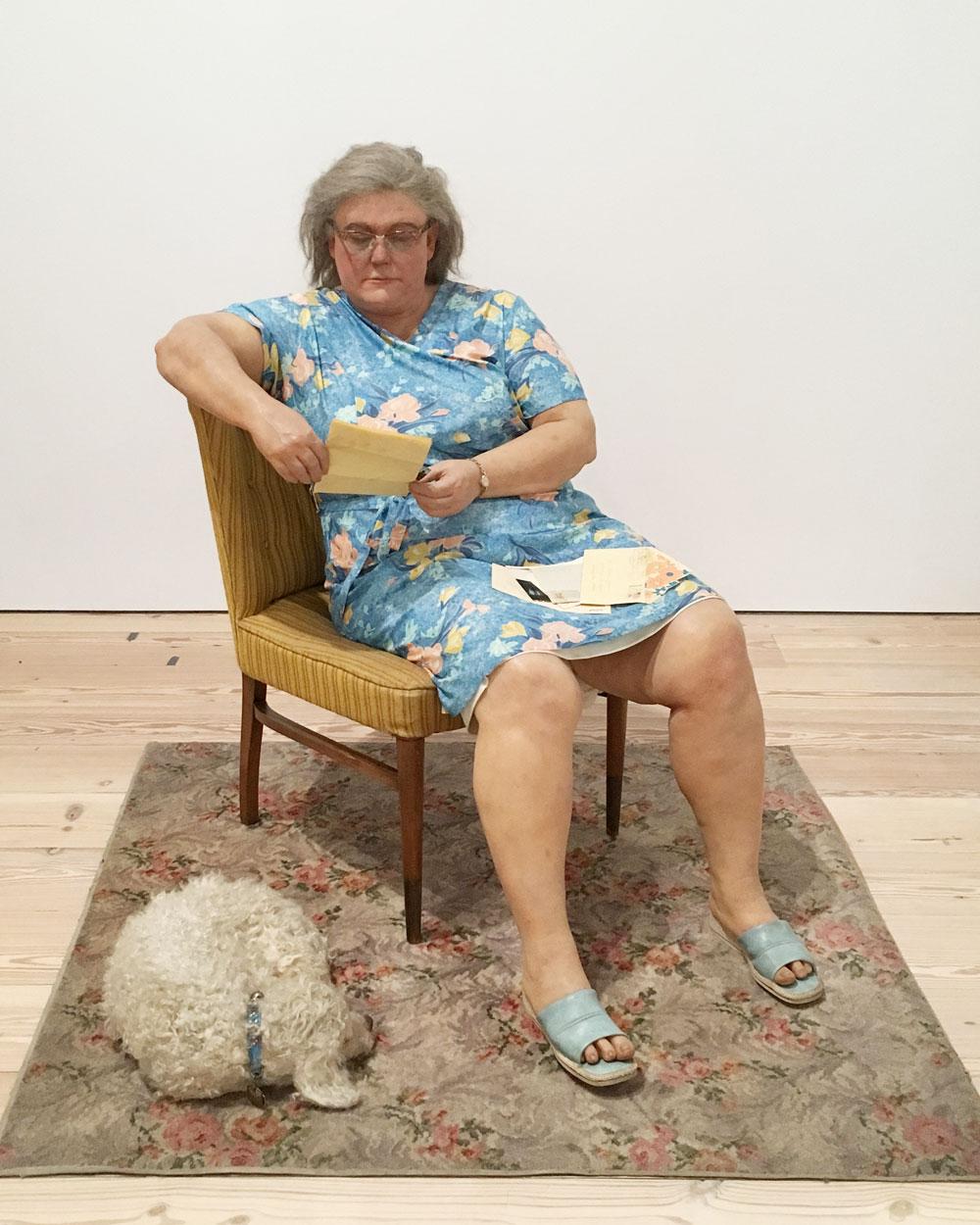 Life like sculpture of a woman with her dog at the Whitney, New York. #thingstodoinnewyork #museumsofnewyork #whitneynewyork