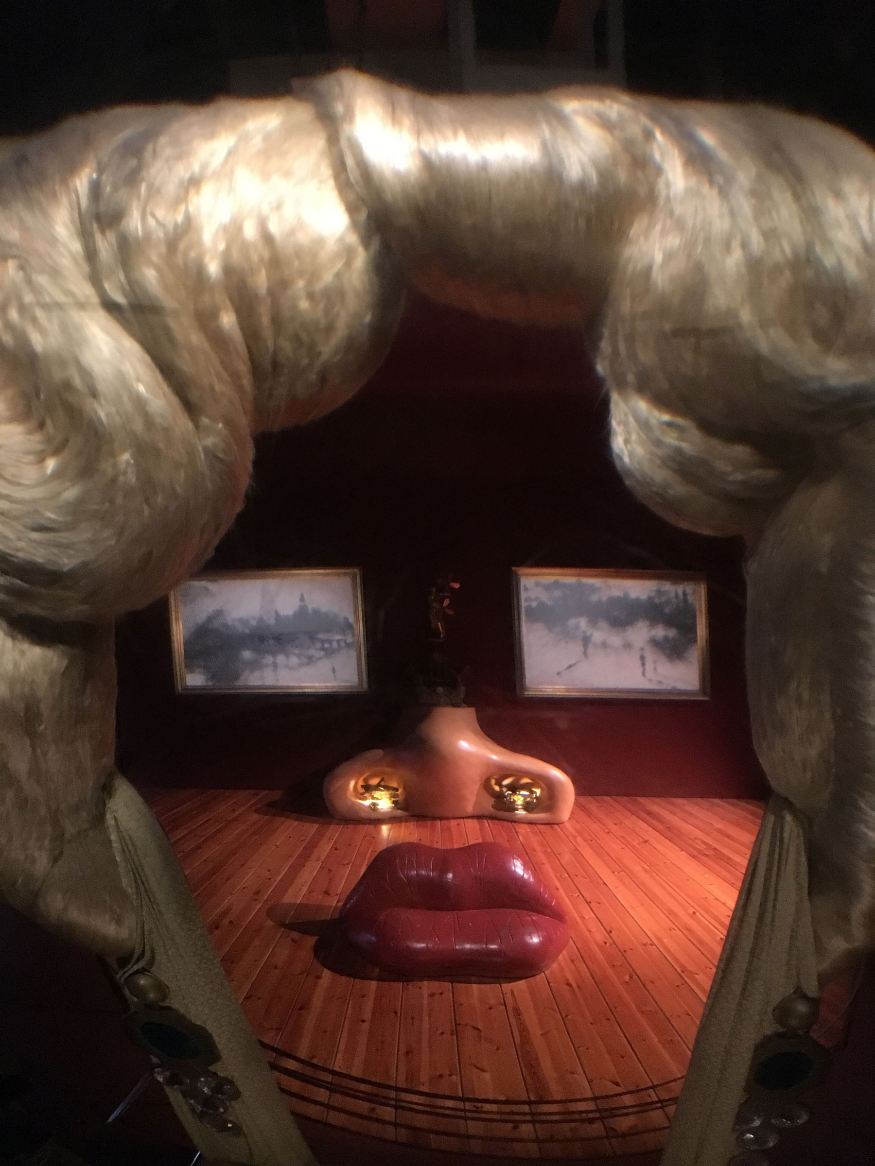 Day trip from Barcelona - Dali museum in Figueres. Mae West Room #daytripfrombarcelona #dalimuseum #figueres
