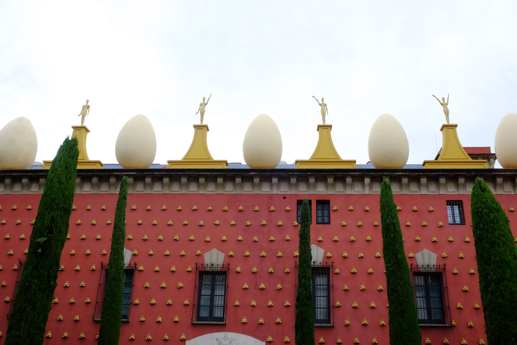 Day trip from Barcelona - Dali Museum in Figueres